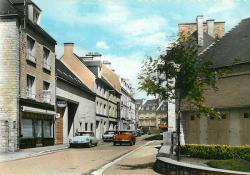 cpa DS VALOGNES - rue de l'officialité